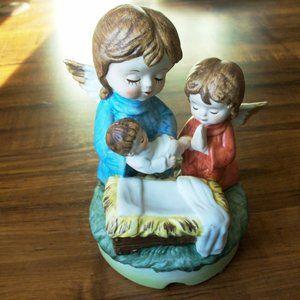 Vintage porcelain music box.Japan (#EV159)